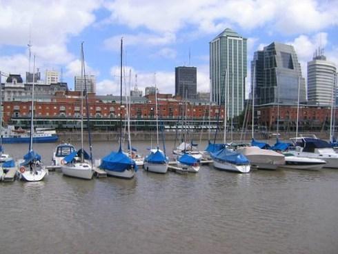 veleros en puerto madero