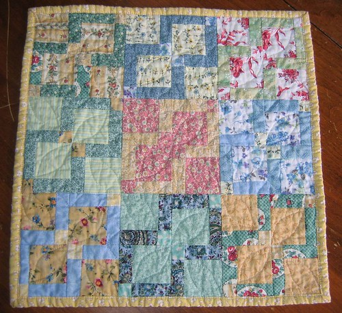 Disappearing 9 Patch Doll Quilt