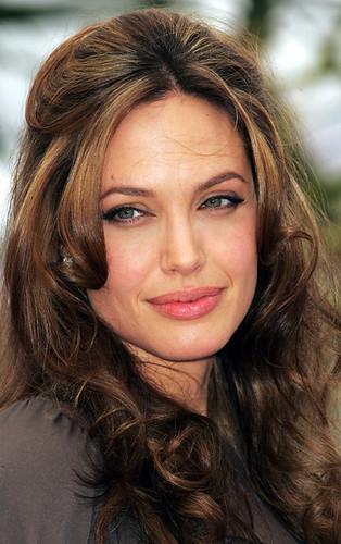 Angelina Jolie by ElvisTR.