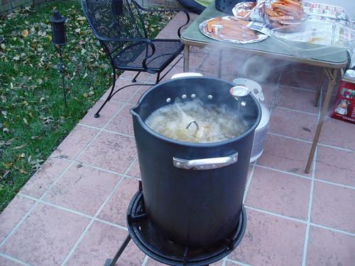 Turkey fryer bubbling away cooking the turkey