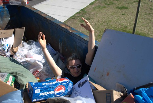 URI Dumpster Diving 2007-05-12 by brandonedens.