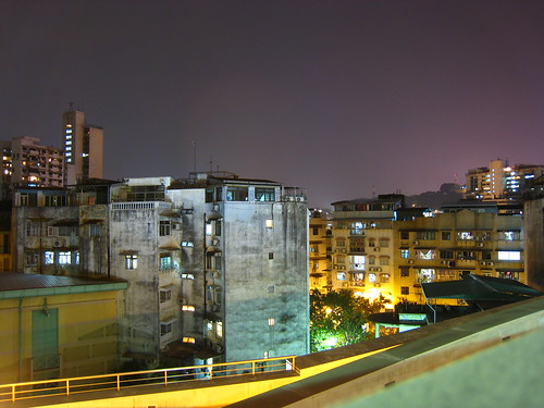 Exploring Macau - Timed exposure at night with neat light
