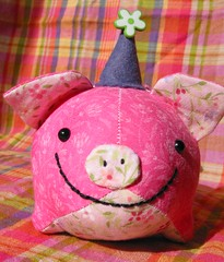 100th post party pig