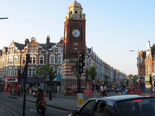 Crouch End Broadway, by vic15