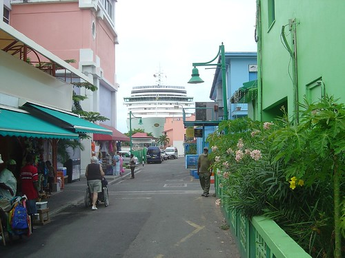 P&O Arcadia in Antigua