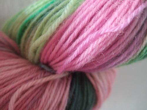 pinkgreenwool2.JPG
