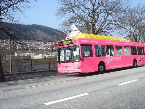 Autobús rosa de Bergen, Noruega