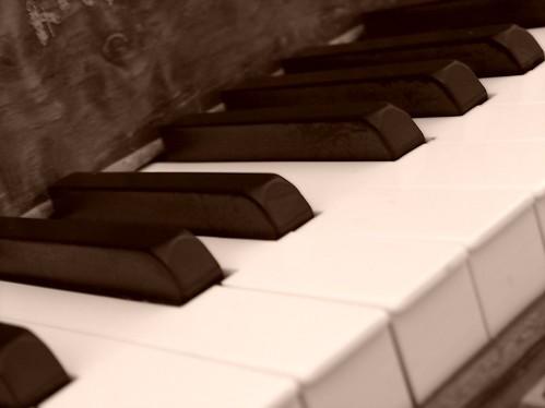 Sepia Keys