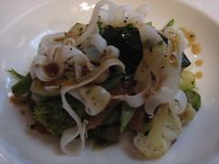 Saint Remy_Salteado de verduras con tiras de sepia y trufa