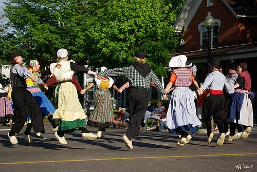 Klompen Dancing