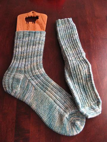 Hedgerows in Sundara sock Mint Over Chamomile