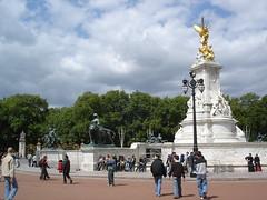 London (21)