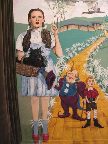 Dorothy, Toto, and Munchkins