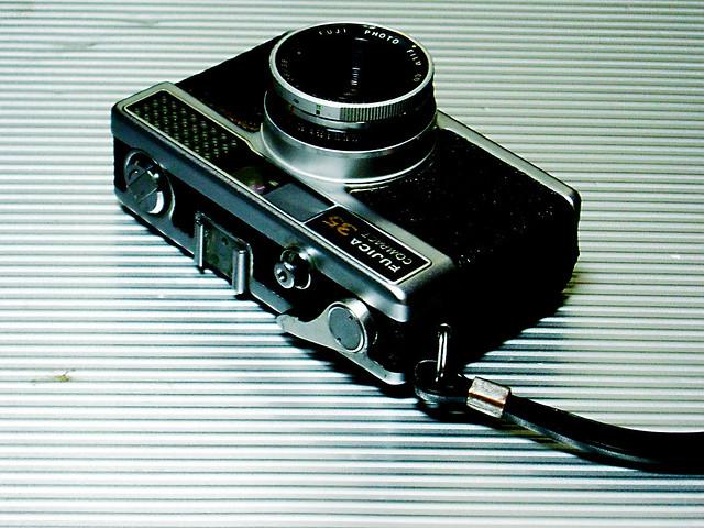 Fujica New Compact 35