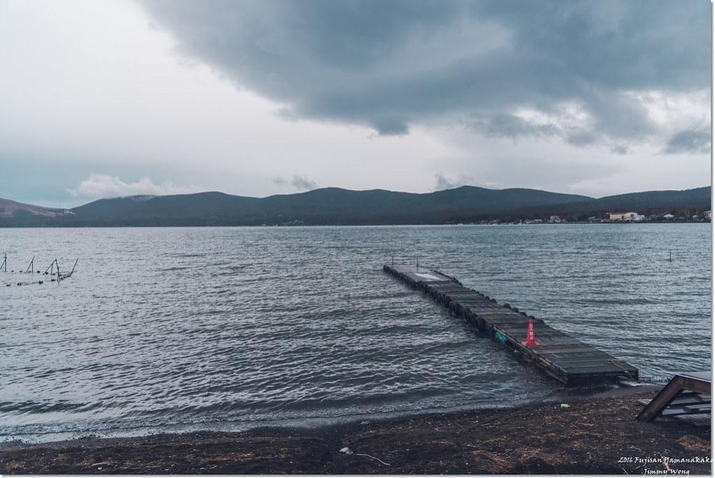 [日本富士山環山之旅]-山梨-山中湖畔饒富人情味的木造民宿ホトリニテ