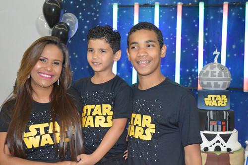 Michele e os filhos, Jhon e Pedro