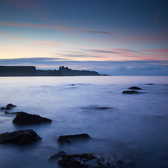 "Tantallon Castle from Seacliff Beach • <a style=""font-size:0.8em;"" href=""http://www.flickr.com/photos/26440756@N06/32089633880/"" target=""_blank"">View on Flickr</a>"