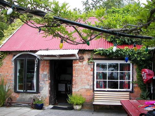 Onuki Farm Hostel:  Brick Cottage