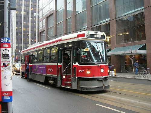 TTC 4127 on 501 Queen St at Yonge 2006_0111