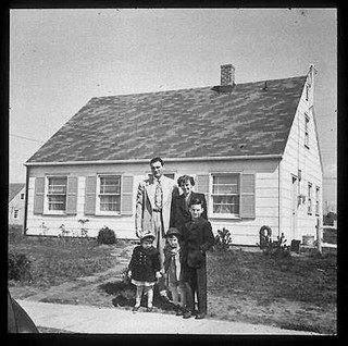 1948- A typical photo promoting the suburbs as family places. Derived from: www.urbanplacesandspaces.blogspot.com