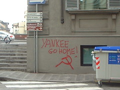 yankee go home found in firenze.JPG