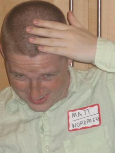 Matt Mullenweg getting a buzz cut