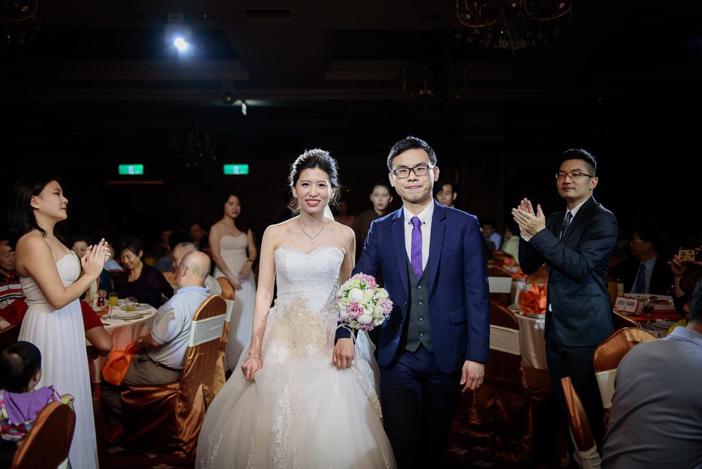 Wedding day-0070 ,僑園婚攝,台中僑園,僑園婚宴,新秘Alice ,婚攝小勇,台北婚攝, 小淑造型團隊