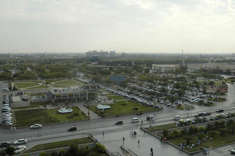 Karachi - City of Lights (5/6)