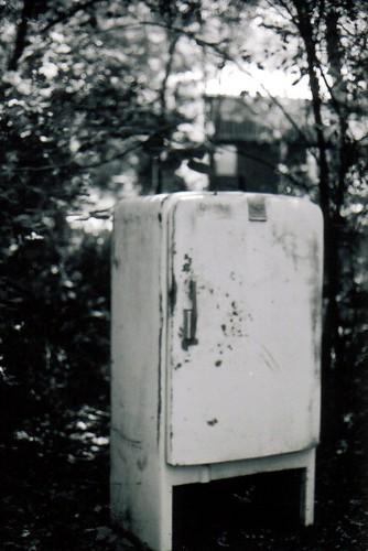old refrigerator_1.jpg