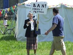 Ban Heavy Petting