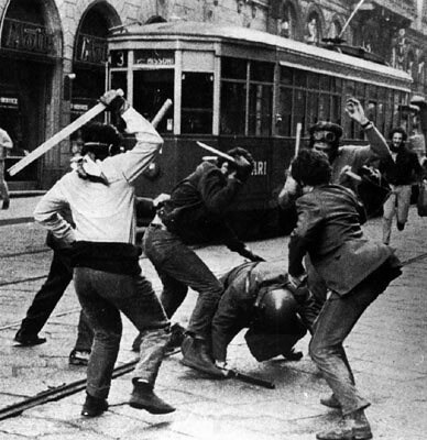 Milano - 12 dicembre 1970 da agitazioni.