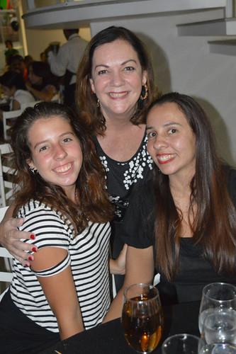 Cristina Lodi Dias com a filha, Carol e a neta, Gabriela