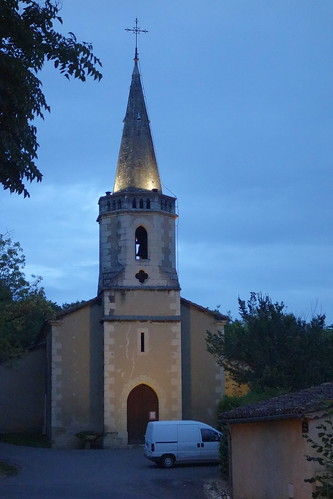 Nous y sommes de nuit ! L'église de Montégut nous éclaire