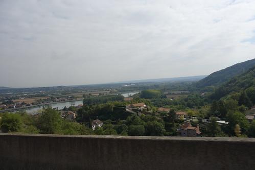 Nous traversons à nouveau la vallée du Rhône