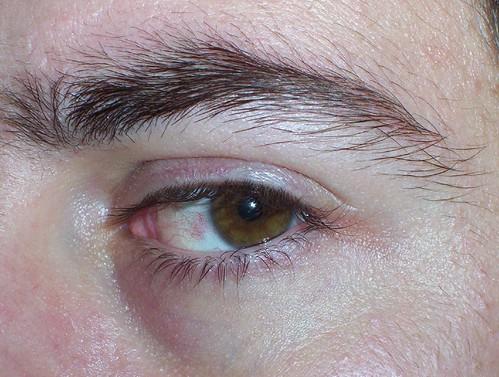 eyebrow grooming for guys
