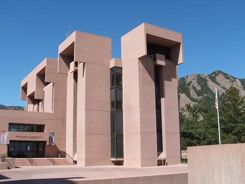 I. M. Pei's wonderful NCAR building