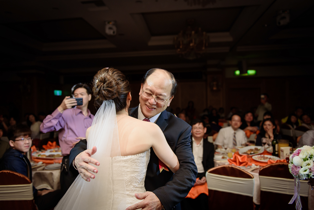 Wedding day-0063 ,僑園婚攝,台中僑園,僑園婚宴,新秘Alice ,婚攝小勇,台北婚攝, 小淑造型團隊