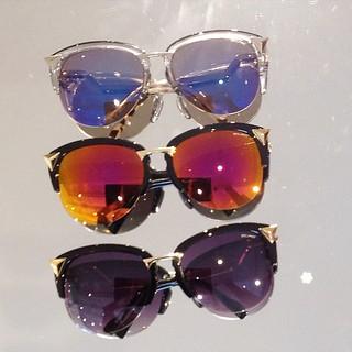 Seman dos óculos de sol