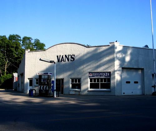 Van's by John Levanen