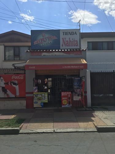 """En plus des marchés, il y a des """"tiendas"""", des épiceries où l'on trouve de tout !"""