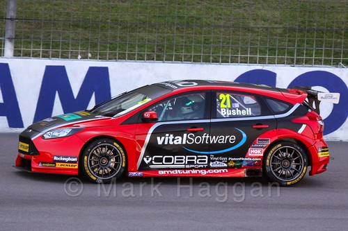 Mike Bushell in BTCC at Rockingham 2015
