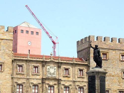 Gijón en obras, hermoso, espantoso.