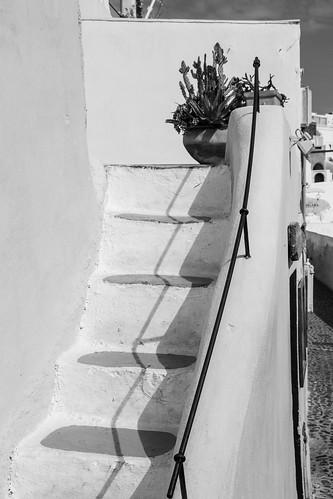Oia stairs b/w 2