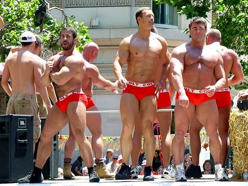 SF Gay Parade 2006: COLT guys