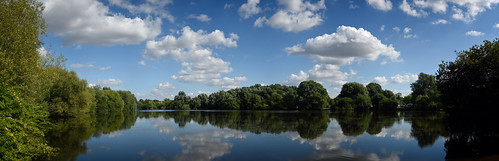 """Emberton Country Park panorama • <a style=""""font-size:0.8em;"""" href=""""http://www.flickr.com/photos/96019796@N00/33074966576/"""" target=""""_blank"""">View on Flickr</a>"""