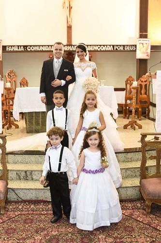Os noivos e os pagens e daminhas