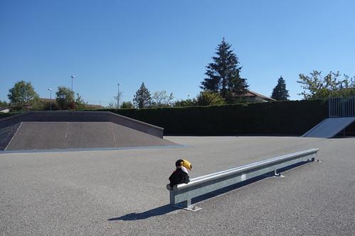 Un peu plus loin, un skatepark