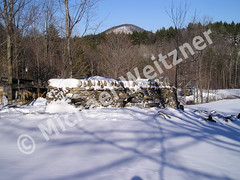 Dry-Stone-Sheep-pen-wall-in-snow-Dec-03_4