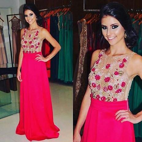 Lindo!!! Vestido exclusivo disponível na cor esmeralda