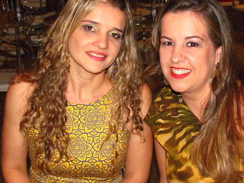 Fernanda Azevedo e amiga
